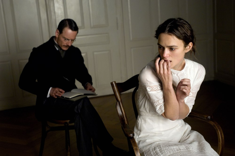 Reviews in a line or two: The Forger, A Dangerous Method and Jucy (2/3)