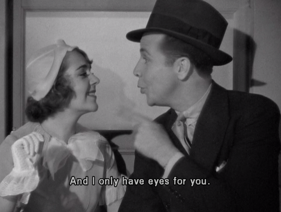 Dick Powell only has eyes for Ruby Keeler! (Screen capture by Lindsey for TMP)