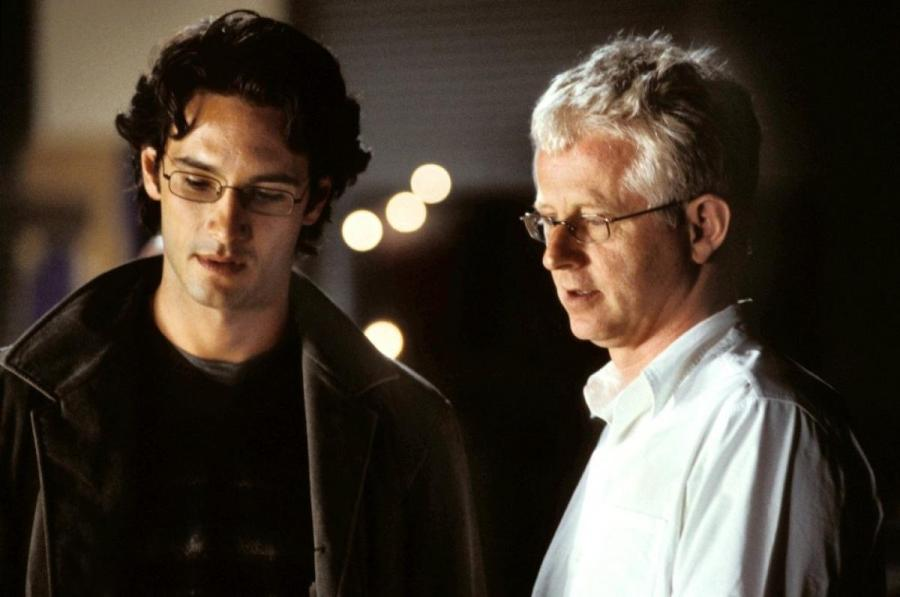 Rodrigo Santoro and Richard Curtis on set (Image via fansshare.net)