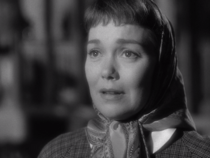 Jane Wyman gives an emotional performance as Ruth. (Screen capture by Lindsey for TMP)