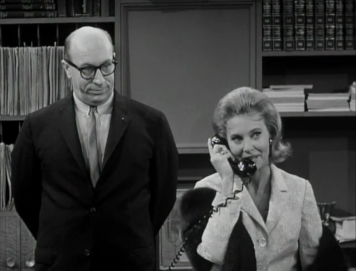 Paula puts in a call to Alan Brady himself to request that Mel be replaced by Rob as the producer of the episode. (Screen capture by Lindsey for TMP)