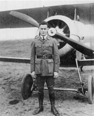 William Wellman, one of Hollywood's greatest directors and a very talented pilot (Image via Wikimedia Commons)