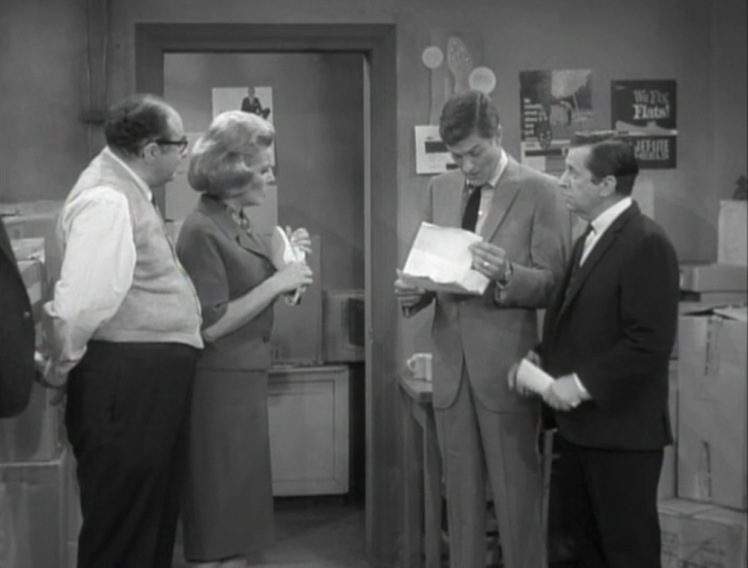 Rob, Buddy and Sally meet with Buddy's uncle to discuss whether or not they'll invest in the store. (Screen capture by Lindsey for TMP)