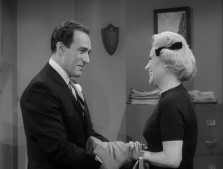 Sally's new boyfriend is a classy, well-dressed man. (Screen capture by Lindsey for TMP)