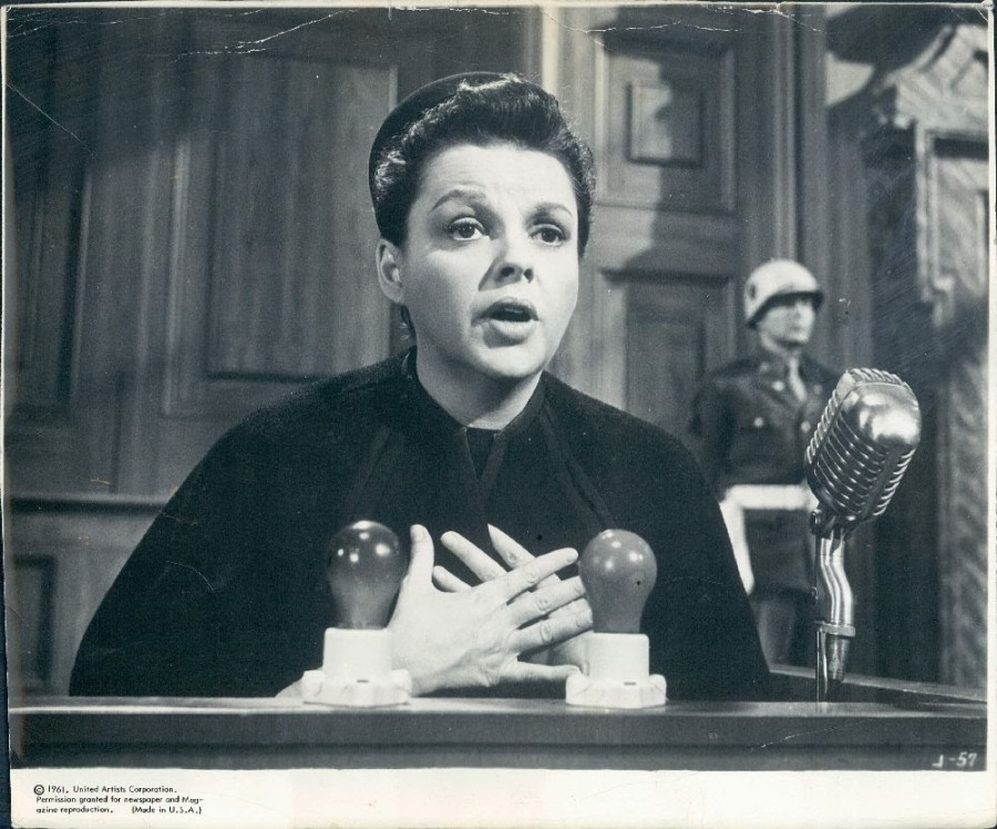 Judy in Judgment at Nuremberg (Image via judygarlandtalkofthetown.blogspot.com)