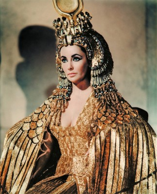 Liz Taylor began preparing for Cleopatra, which would be released in 1963. (Image via wearemoviegeeks.com)