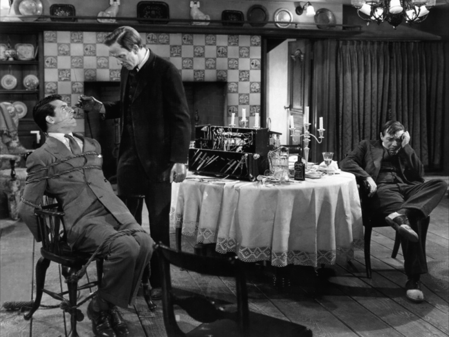 (Image via Arsenic and Old Lace Images on Blogspot)