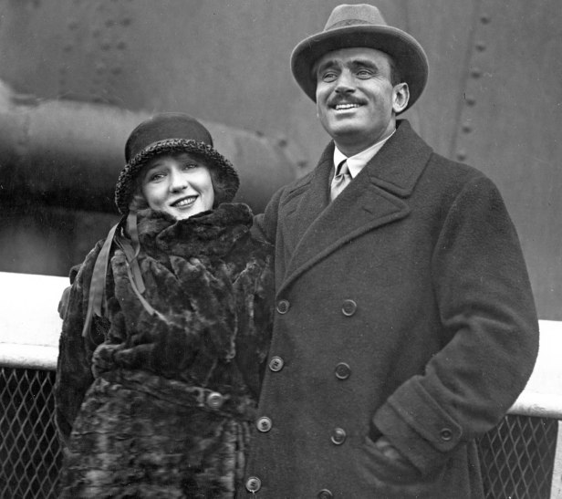 Mary Pickford and Douglas Fairbanks. Image via The Girl with the Curls (marybabygladyspickford.tumblr.com)