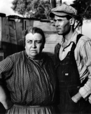 Jane Darwell and Henry Fonda in 'The Grapes of Wrath' (Image via Pinterest)