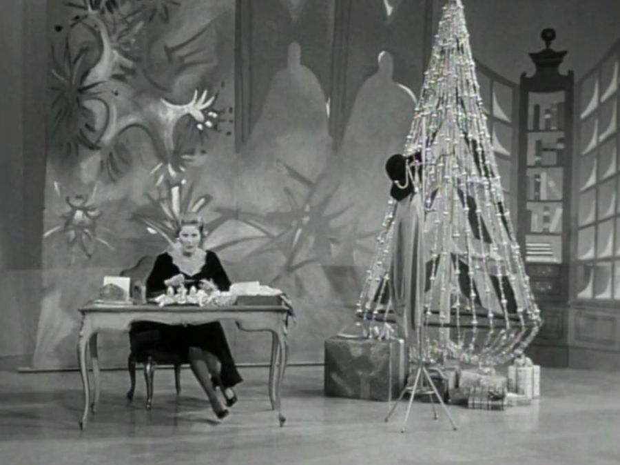 Sally writes to the jolly red-clad man (Screen capture by Lindsey for TMP)